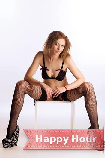 Escort genç model Berlin Ciara Letonya'dan en iyi ev seks oteli ziyaretleri şehvetli
